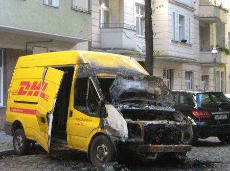 DHL-Transporter Lichtenrader Strasse