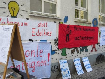 Protest gegen Leerstand Weisestr 47 April 2013