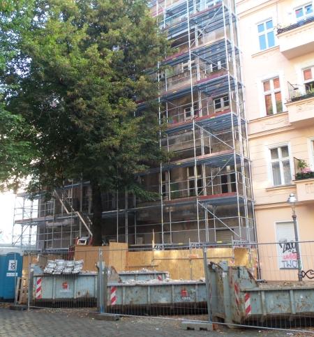 Sanierungsbeginn Weisestr.47 Sep. 2016